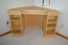 oak-corner-desk